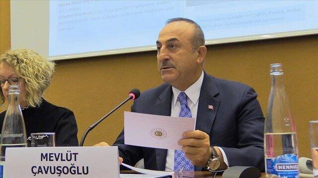 چاووش اوغلو: باید کشورهای بیشتری در مسئولیت میزبانی از آوارگان سوری شریک شوند