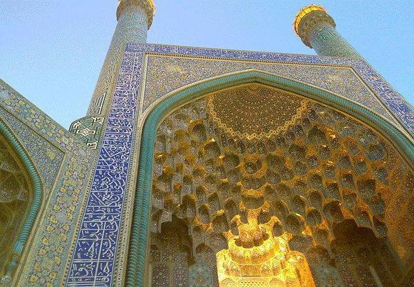 شکایت گردشگران خارجی از شرایط مهمترین مسجد دنیا اسلام!