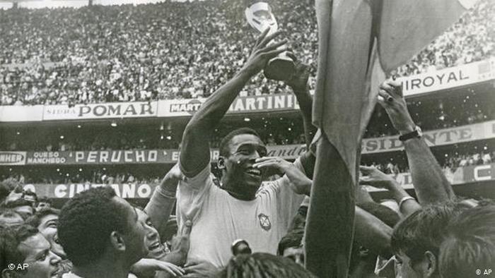 نظر پله درباره بهترین بازیکن جهان و بهترین بازیکن تاریخ فوتبال
