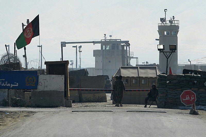 خبرنگاران داعش مسوولیت حمله به پایگاه نظامیان آمریکایی در افغانستان را به عهده گرفت