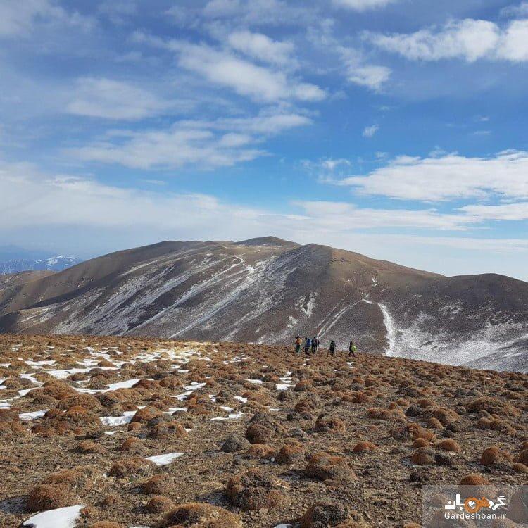 قله نیزوا؛سومین قله مرتفع استان سمنان، عکس