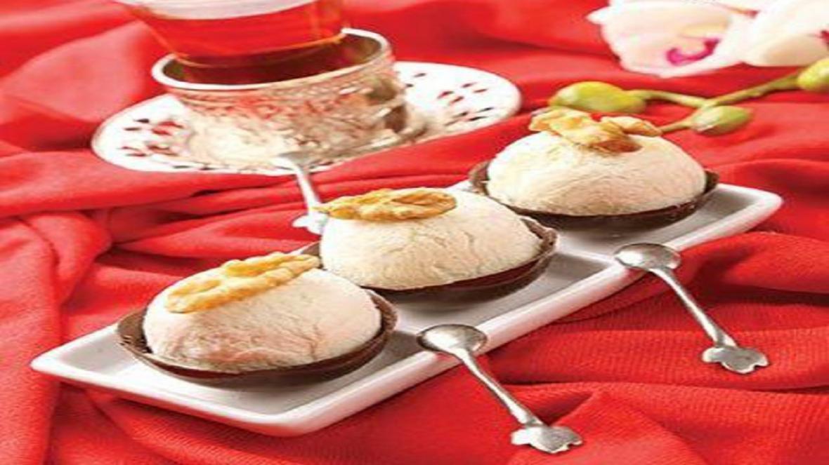 طرز تهیه پشمک طلایی در منزل