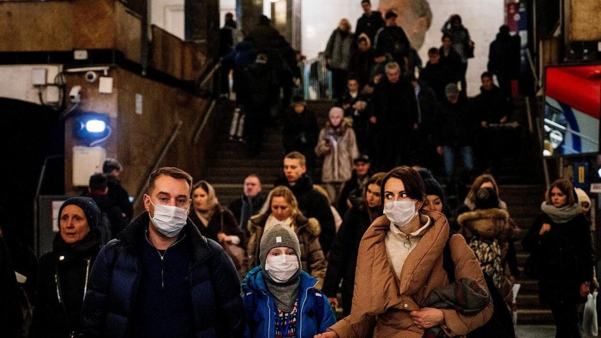 خبرنگاران واکسیناسیون کرونا در روسیه داوطلبانه خواهد بود