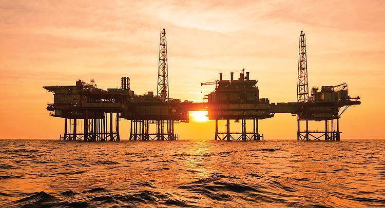 اقدام غیر منتظره عربستان در معین قیمت رسمی نفت خام