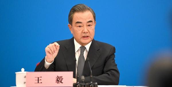 پکن: دموکراسی کوکاکولا نیست؛ آمریکا در امور دیگران دخالت نکند