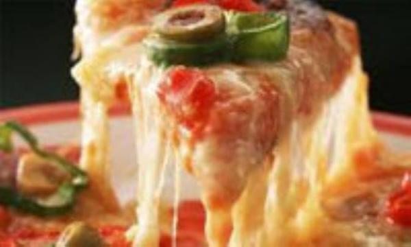 چرا پنیرپیتزا کش می آید؟